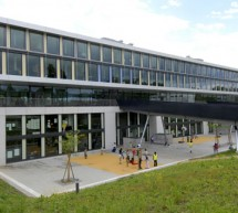 The International School of Geneva : Internationalism and Bilingualism in Education