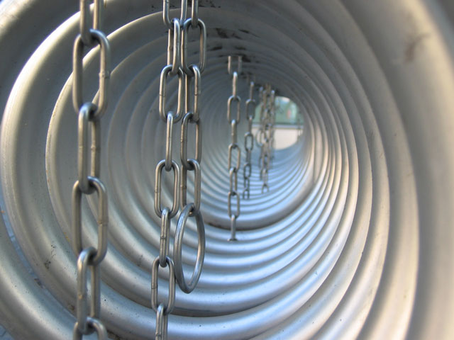 tunnel-chaines