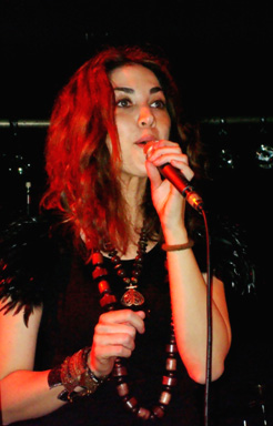 Jaïlyna, en première partie du concert de Sly Johnson au MàD