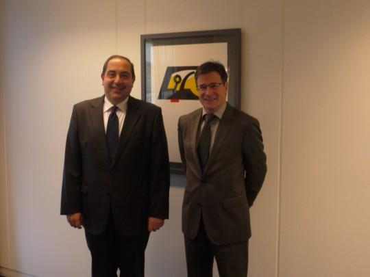 MM. A. Hamdi Arman et Guy Barras
