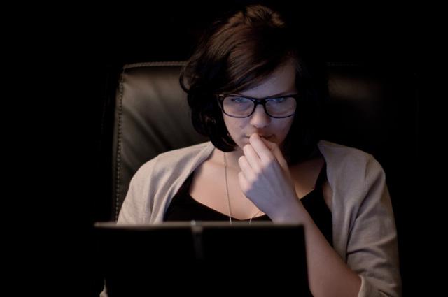 lady-computer-asperger