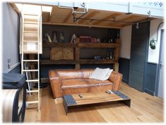 aménagement d'un loft et table table basse sur mesure - by Fergus Industry SA